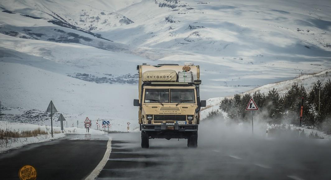 Ο Άκης Τεμπερίδης και η ομάδα του THE WORLD OFFROAD μας δίνουν performance report, από τη παγωμένη Νορβηγία